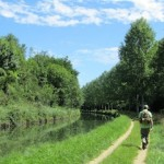 """Easy hiking by Parisian canal de l'Ourq"""