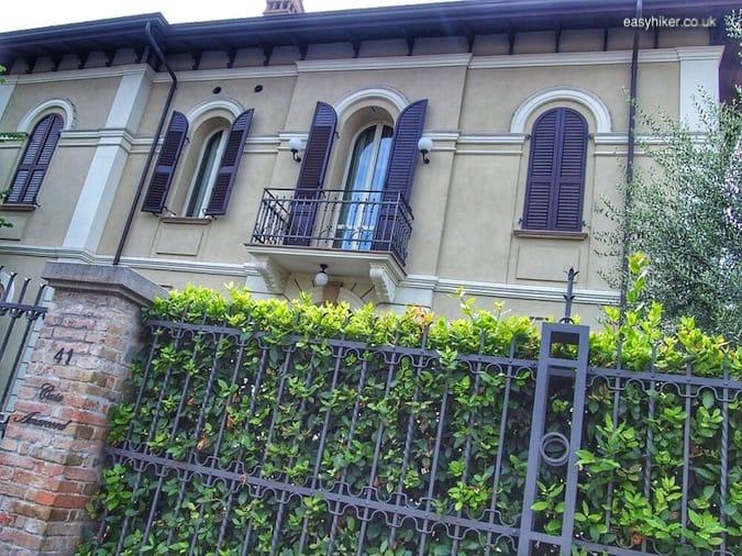 """house of Fellini's best friend- Rimini of Fellini"""