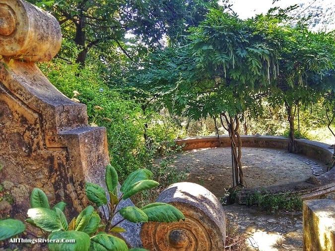 """meeting place at Serre de La Madone Garden"""