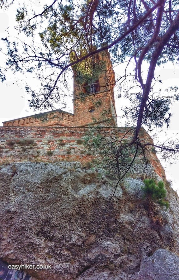 """Orologio Tower - walks in Emilia-Romagna"""
