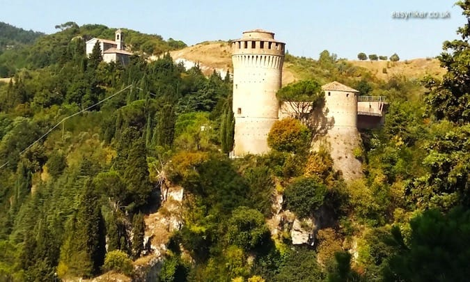 """La Rocca Castle - walks in Emilia-Romagna"""
