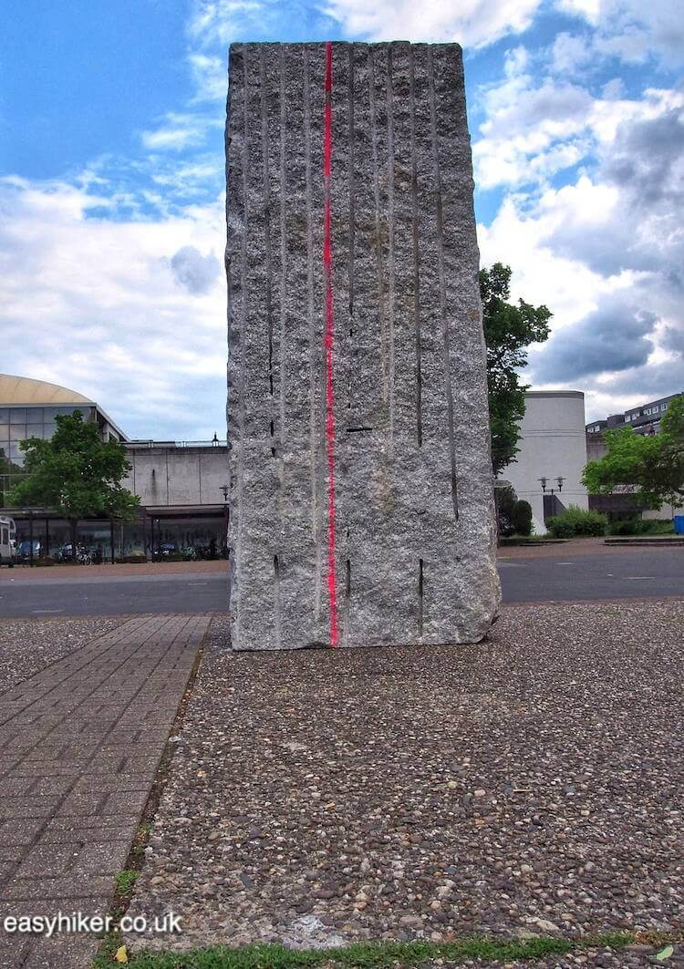 """Momentary Monument in Marl - Modern Sculpture in Public Spaces"""