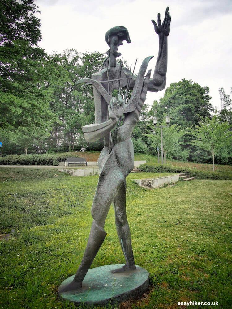 """""""Metamorphosing Orpheus in Marl - Modern Sculpture in Public Spaces"""""""