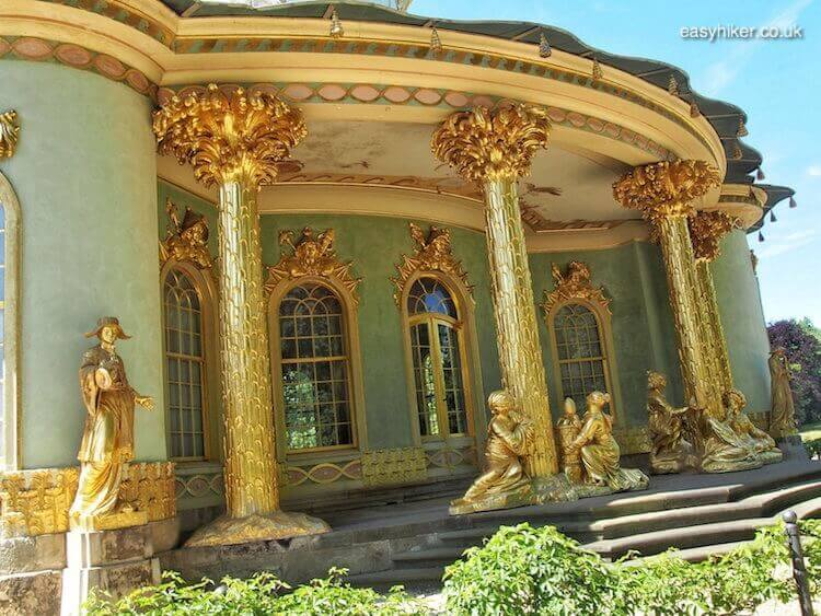 """Chinahaus on the grounds of Sanssouci in Potsdam - daytrip destination from Berlin"""