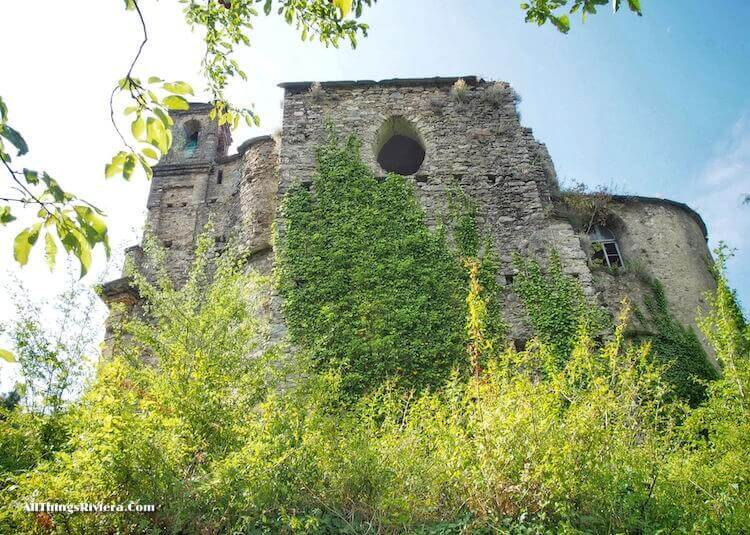 """""""abandoned church along the easiest of easy hikes in Liguria"""""""