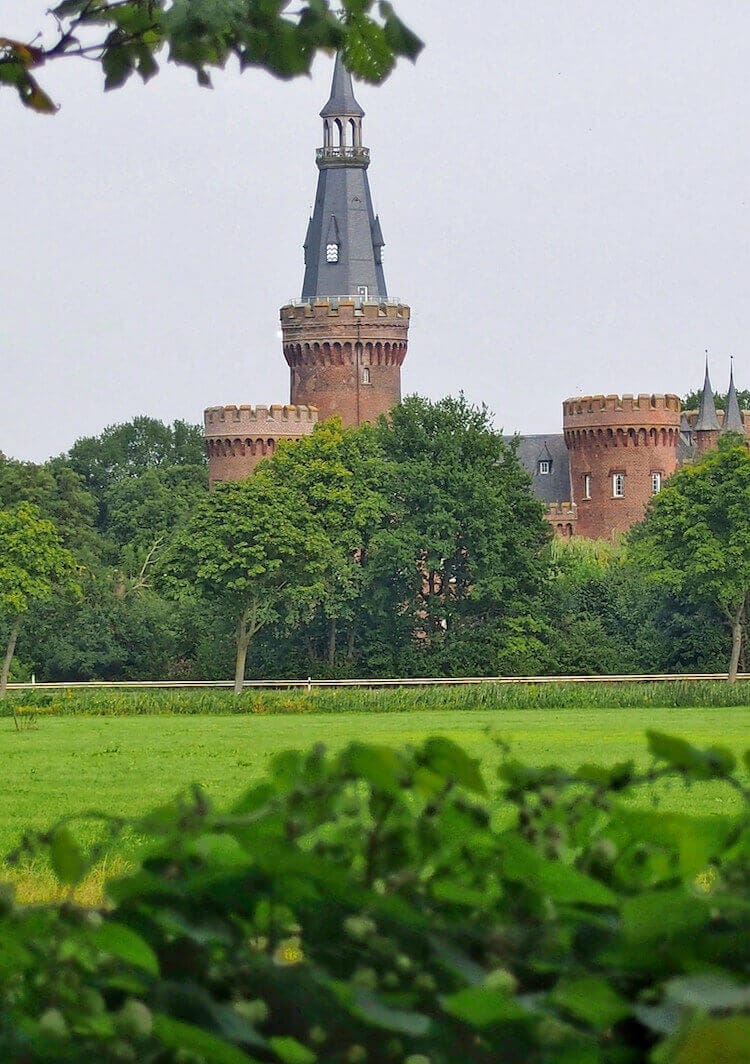 """Moyland Castle - Target destination of the Voltaire Trail"""