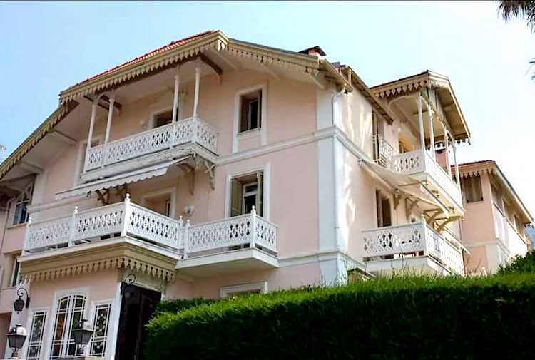"""where Agatha Christie once stayed - Great Writers in Menton and Monaco"""""