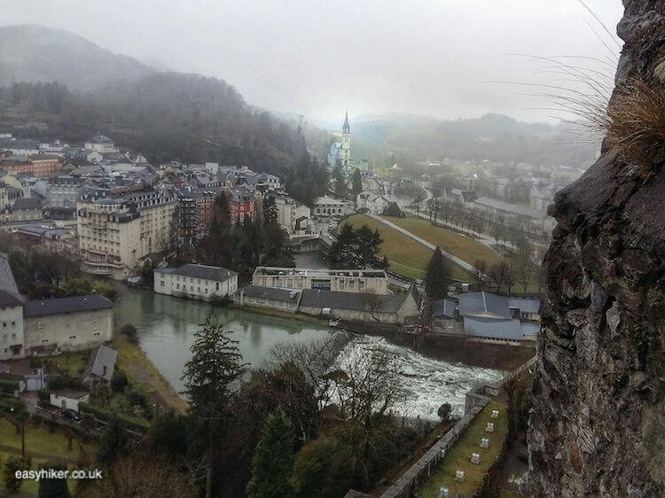 """""""Discover the touwn - What Easy Hikers Can Do in Lourdes"""""""